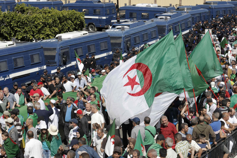 Algerian protesters gather during an anti-government demonstration in the centre of the capital Algiers, Algeria, Friday, May 31, 2019. (AP Photo/Toufik Doudou)