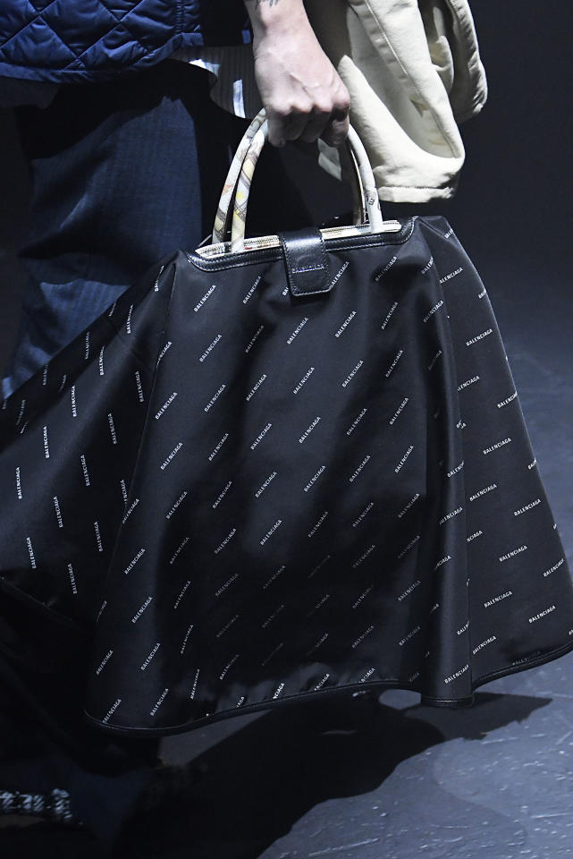 <p><i>Rain cover over handbag for the SS18 Balenciaga collection. (Photo: Getty) </i></p>