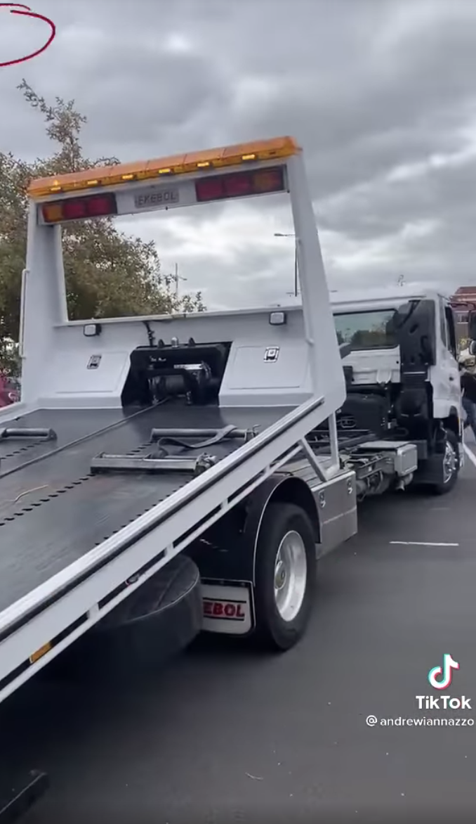 The Toyota was eventually towed away. Source: Facebook via TikTok/@andrewiannazzo