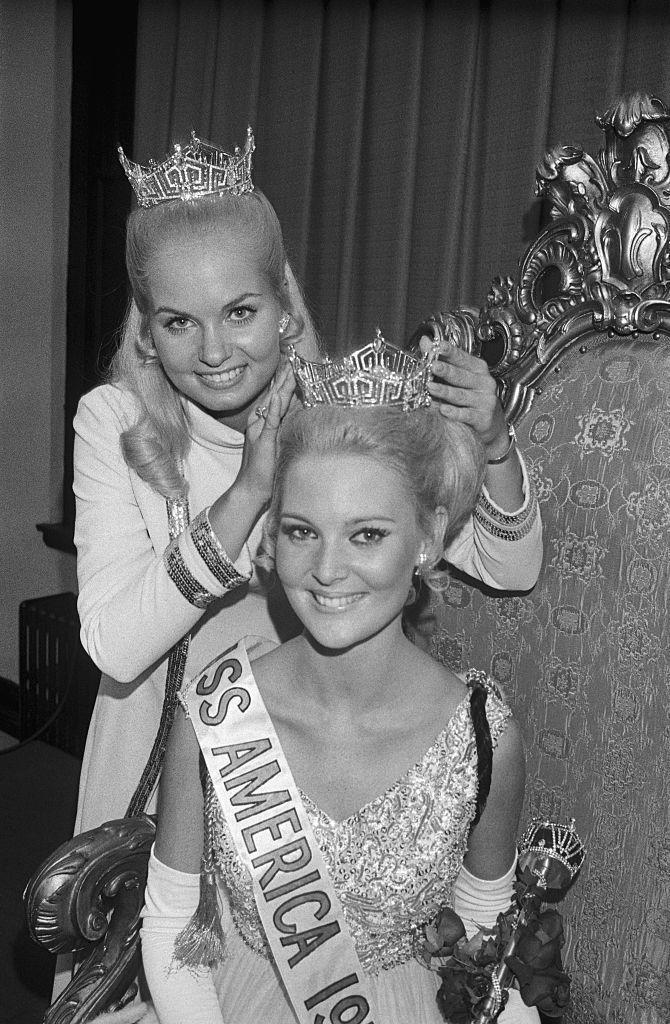 <p>An evening gown with a beaded bodice and pleated skirt cinched the crown for Pamela Eldred in 1970. </p>