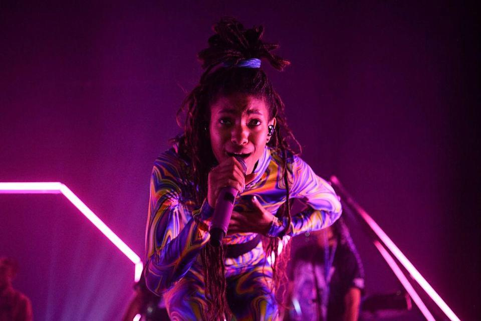 <p>Willow Smith, daughter of Will and Jada Pinkett Smith, was born in the year 2000. </p><p>Also on this day: <br>Vanilla Ice <br>Peter Jackson <br>Dermot Mulroney <br>Dan Rather <br></p>