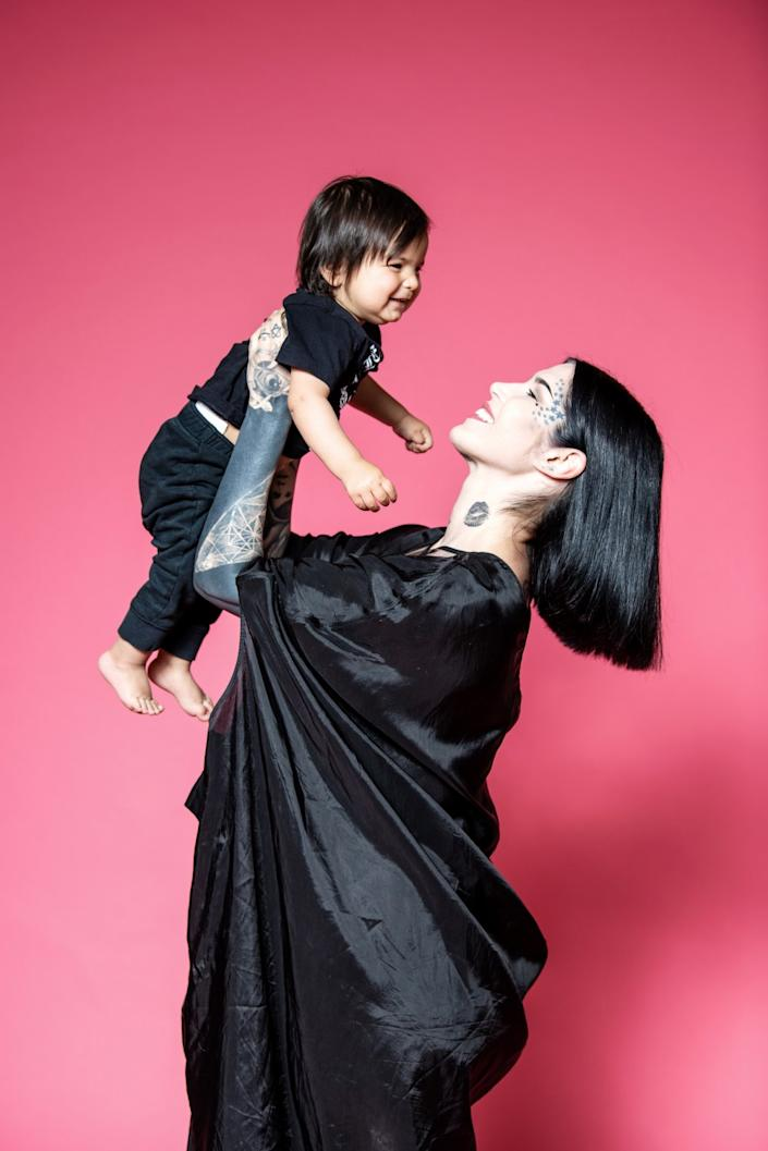 """When she was pregnant with her son Leafar in 2018, Kat Von D posted to Instagram about not wanting to have him vaccinated, setting off a firestorm of controversy. <span class=""""copyright"""">(Mariah Tauger / Los Angeles Times)</span>"""