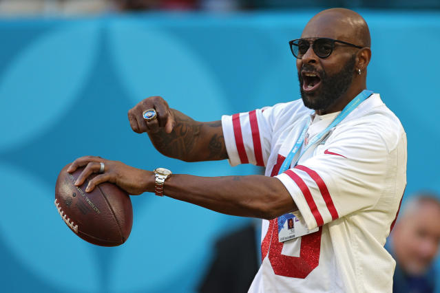 Former player Jerry Lee Rice Sr looks on before Super Bowl LIV at Hard Rock Stadium on February 02, 2020 in Miami, Florida. (Photo by Maddie Meyer/Getty Images)