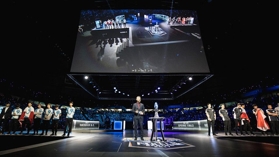 Riot Games is changing up how NA LCS will function in 2018. (Riot Games)
