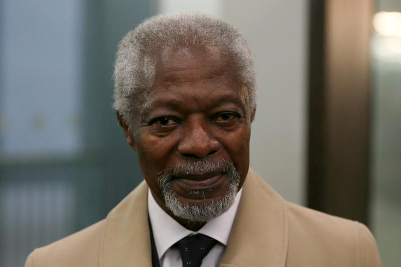 FILE PHOTO: Chair of the Africa Progress Panel, Kofi Annan, arrives for the media launch of the Africa Progress Report 2014 in London May 8, 2014.    REUTERS/Stefan Wermuth/File Photo