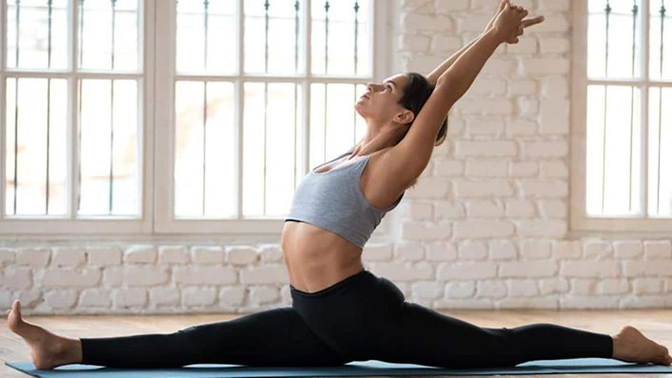 #HealthBytes: Five stretches to do after 10 minutes of warm-up