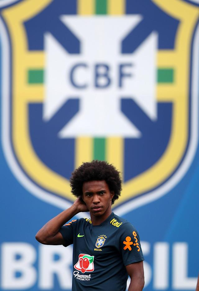 Soccer Football - World Cup - Brazil Training - Brazil Training Camp, Sochi, Russia - June 19, 2018 Brazil's Willian during training REUTERS/Hannah McKay