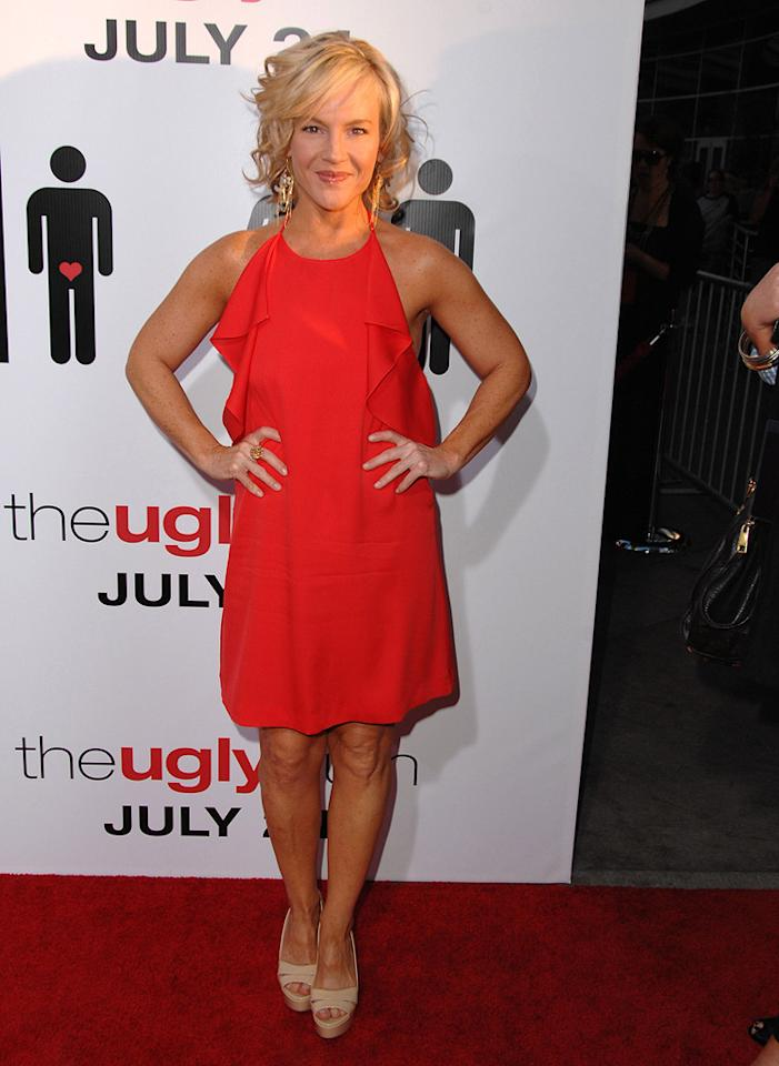"<a href=""http://movies.yahoo.com/movie/contributor/1807733767"">Rachael Harris</a> at the Los Angeles premiere of <a href=""http://movies.yahoo.com/movie/1810021980/info"">The Ugly Truth</a> - 07/16/2009"