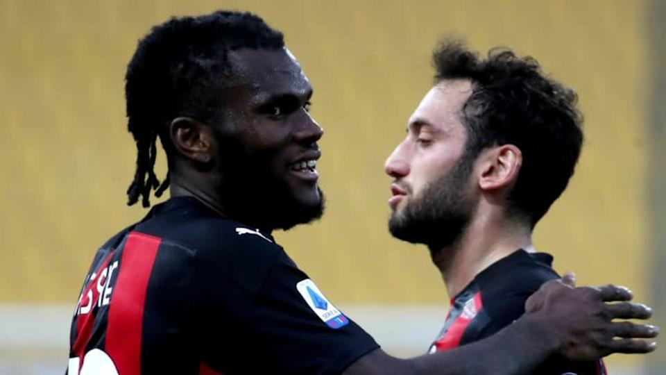 Kessie e Calhanoglu | MB Media/Getty Images
