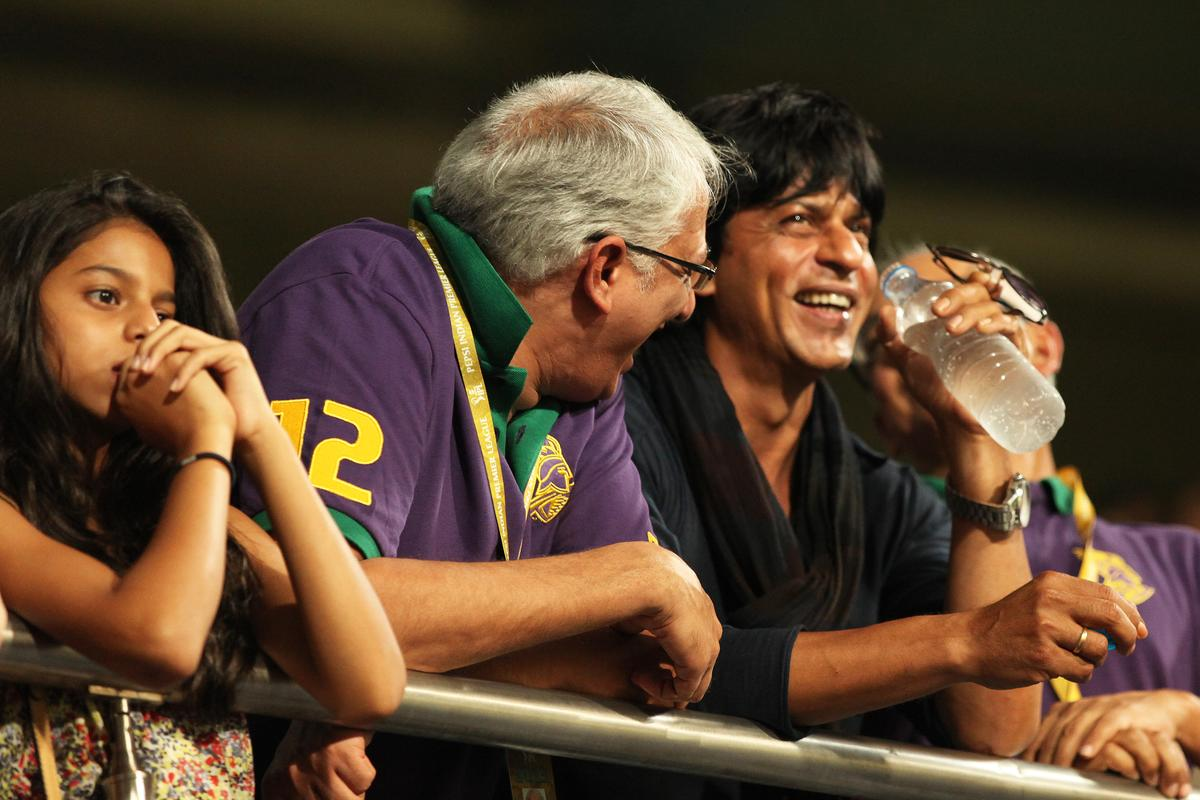 KKR co owner Jay(R), Sharukh Khan and SRK daughter(L) and other officials at vip box during match 47 of the Pepsi Indian Premier League between The Kolkata Knight Riders and the Rajasthan Royals held at the Eden Gardens Stadium in Kolkata on the 3rd May 2013..Photo by Saikat Das-IPL-SPORTZPICS  ..Use of this image is subject to the terms and conditions as outlined by the BCCI. These terms can be found by following this link:..https://ec.yimg.com/ec?url=http%3a%2f%2fwww.sportzpics.co.za%2fimage%2fI0000SoRagM2cIEc&t=1506398405&sig=4dqnOj7Ws3sHPGoX6RxL_A--~D