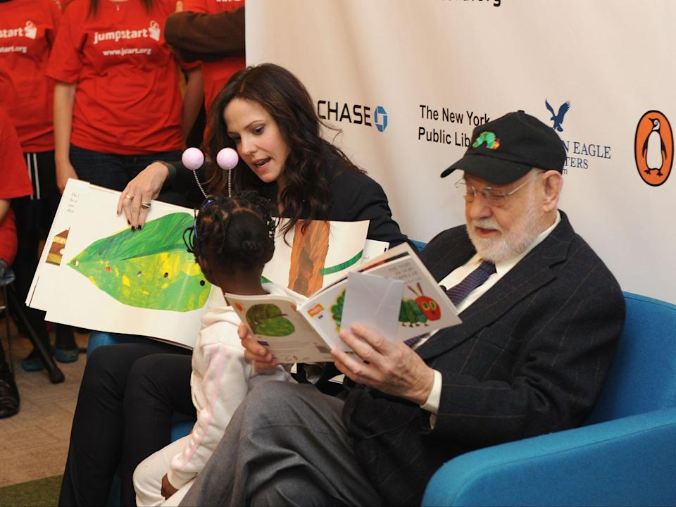 <p>Fans pay tribute to late children's book author Eric Carle</p> (Getty Images)