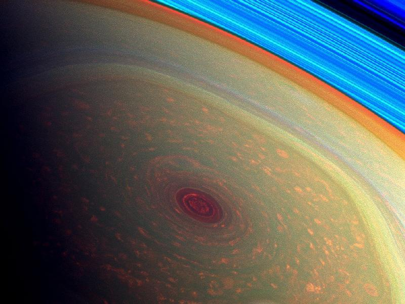 Monster hurricane on Saturn