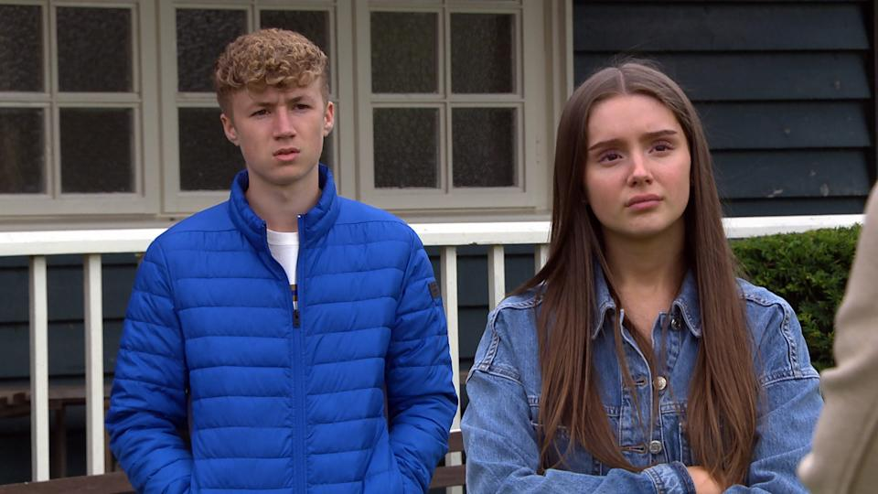 FROM ITV  STRICT EMBARGO Print media - No Use Before Tuesday Tuesday 21st September 2021 Online Media - No Use Before 0700hrs  Tuesday 21st September  2021  Emmerdale - 9163  Monday 27th September 2021  Chloe's [JESSIE ELLAND] lonely and evasive as she describes her family life to Noah Tate [JACK DOWNHAM] and Sarah Sugden [KATIE HILL]. As she crumbles into tears, Sarah and Noah are at a loss over how to comfort her but Noah eventually manages to find the right words.   Picture contact David.crook@itv.com   This photograph is (C) ITV Plc and can only be reproduced for editorial purposes directly in connection with the programme or event mentioned above, or ITV plc. Once made available by ITV plc Picture Desk, this photograph can be reproduced once only up until the transmission [TX] date and no reproduction fee will be charged. Any subsequent usage may incur a fee. This photograph must not be manipulated [excluding basic cropping] in a manner which alters the visual appearance of the person photographed deemed detrimental or inappropriate by ITV plc Picture Desk. This photograph must not be syndicated to any other company, publication or website, or permanently archived, without the express written permission of ITV Picture Desk. Full Terms and conditions are available on  www.itv.com/presscentre/itvpictures/termsFROM ITV  STRICT EMBARGO Print media - No Use Before Tuesday Tuesday 21st September 2021 Online Media - No Use Before 0700hrs  Tuesday 21st September  2021  Emmerdale - 9163  Monday 27th September 2021  Paddy Kirk's [DOMINIC BRUNT] feeling uneasy, fearing that Kim Tate [CLAIRE KING] will reveal the truth about the horse-doping.   Picture contact David.crook@itv.com   This photograph is (C) ITV Plc and can only be reproduced for editorial purposes directly in connection with the programme or event mentioned above, or ITV plc. Once made available by ITV plc Picture Desk, this photograph can be reproduced once only up until the transmission [TX] date and no rep