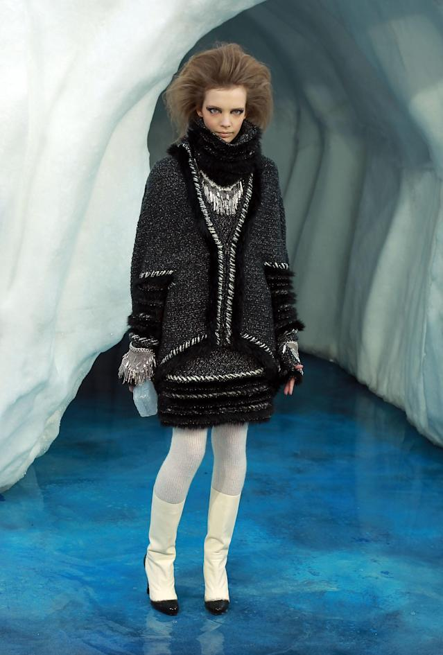 Chanel's Fall 2010 take on the infinity scarf. (Photo: Getty Images)