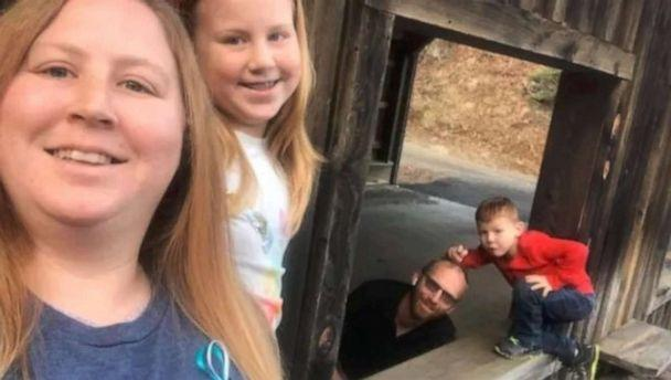 PHOTO: Amanda Rhoney, a nursing assistant at Wesley Long Hospital's in Greensboro, North Carolina, learned Jan. 24 that her house was on fire. Pictured here is Rhoney, her husband Michael Rhoney and their children, Gentry, 10 and Mychal, 6. (Amanda Rhoney)