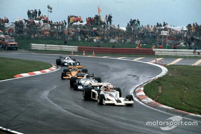 "lan Jones, Shadow DN8 Ford, leads Ronnie Peterson, Tyrrell P34 Ford, Jean-Pierre Jarier, Penske PC4 Ford, and Patrick Depailler, Tyrrell P34 Ford <span class=""copyright"">Ercole Colombo</span>"