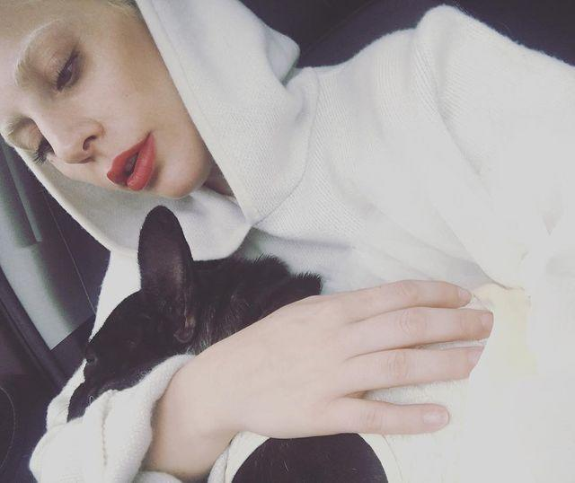 """<p>In a snuggly pic with Asia in 2015, Gaga reminded followers to be """"grateful for all you have.""""</p>"""