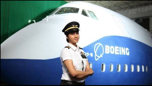 Ayesha Aziz becomes India's youngest pilot, dreams of flying MiG-29 fighter jets