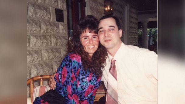 PHOTO: After Mark and Donnah Winger were married in 1989, he was offered a job and the newlyweds settled in Springfield, Illinois. Donnah was working as an operating room technician and he was a nuclear engineer. (Drescher Family)
