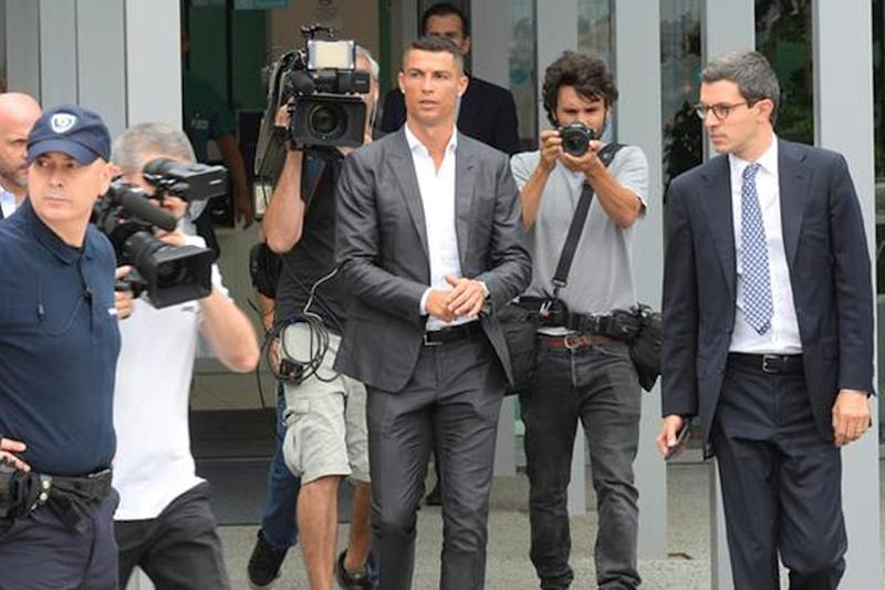 Cristiano Ronaldo Sounds Out Warning Bell at Juventus Unveiling
