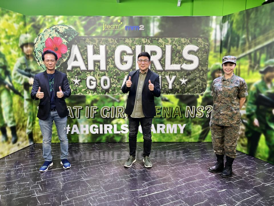 Left to right:  Ng Say Yong, Chief Content Officer of mm2 Asia; filmmaker Jack Neo of J Team Productions; and actress Apple Chan, at a press conference for Neo's film Ah Girls Go Army on 29 Sept 2021. Chan will star as Lieutenant Zhang Xinyi in the film. (Photo: mm2 Entertainment)