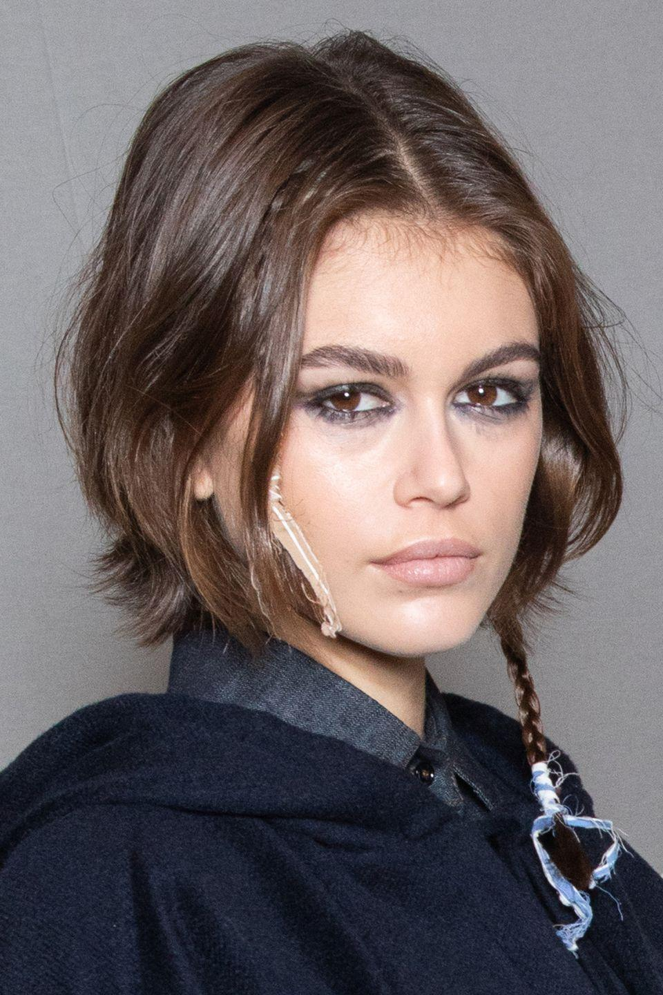 <p>Keep things understated and effortless a la Kaia Gerber with a messy tousled crop.</p>