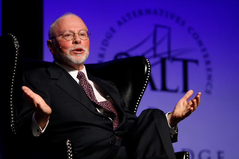 Paul Singer, founder, CEO, and co-chief investment officer for Elliott Management Corporation, speaks during the Skybridge Alternatives (SALT) Conference in Las Vegas, Nevada May, 9, 2012. REUTERS/Steve Marcus/File Photo