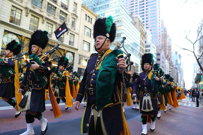 Members of the NYPD Emerald Society march in the 2019 NYC St. Patrick's Day Parade, March 16, 2019. (Photo: Gordon Donovan/Yahoo News)