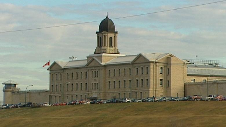 3 Stony Mountain inmates charged with murder in death of fellow prisoner