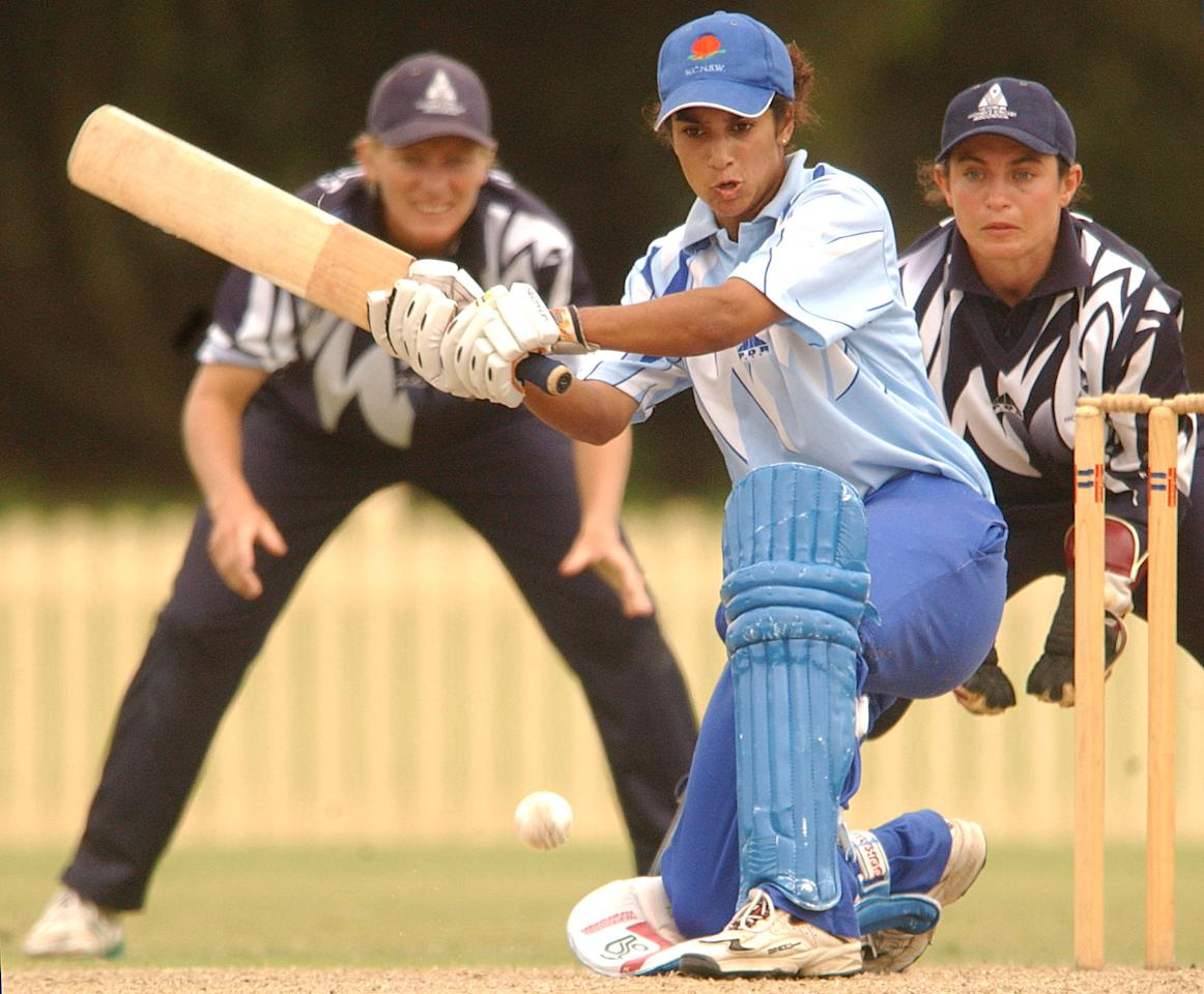03 Feb 2002:  Lisa Sthalekar of the Blues in action during the second match of the Women's National Cricket League Final between the New South Wales Blues and the Victorian Spirit  held at Bankstown Oval, Sydney, Australia.  DIGITAL IMAGE Mandatory Credit: Chris McGrath/Getty Images