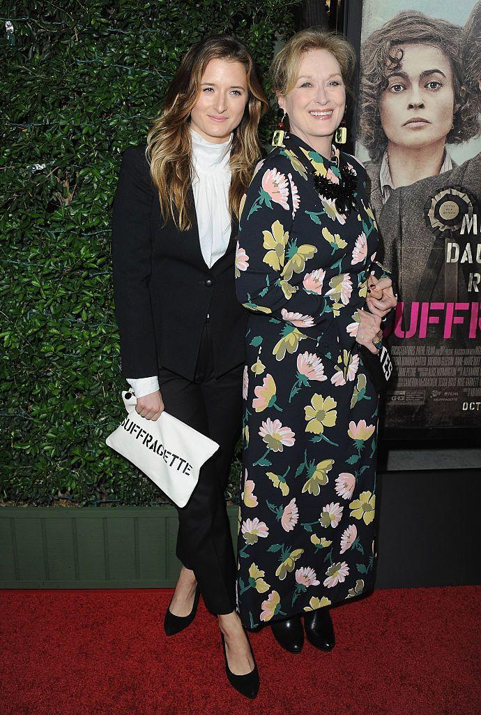<p>If the fact that they look *so* much alike hasn't given it away, it's time you knew that actress Grace Gummer is Meryl Streep's daughter. </p>