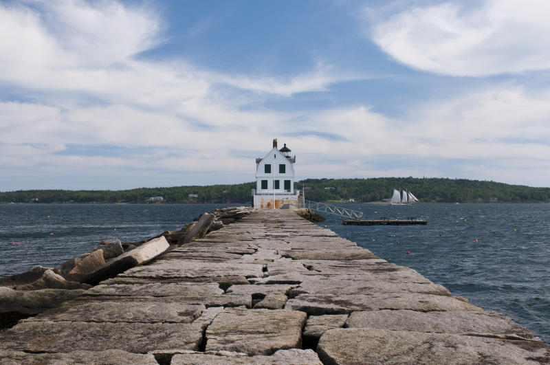 A view of the Rockland Breakwater Lighthouse. (VAGRANT83 via Getty Images)