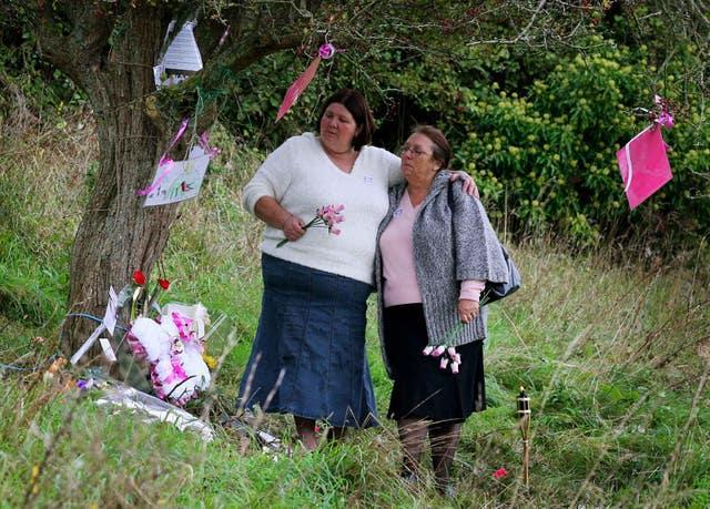 Michelle Hadaway and Sue Eismann at the scene in Wild Park, Brighton, East Sussex, 20 years after their daughters, Karen Hadaway and Nicola Fellows, were found murdered (Gareth Fuller/PA)