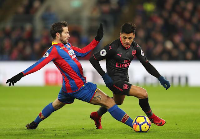 Alexis Sanchez dribbles past Yohan Cabaye during Arsenal's win over Crystal Palace. (Getty)