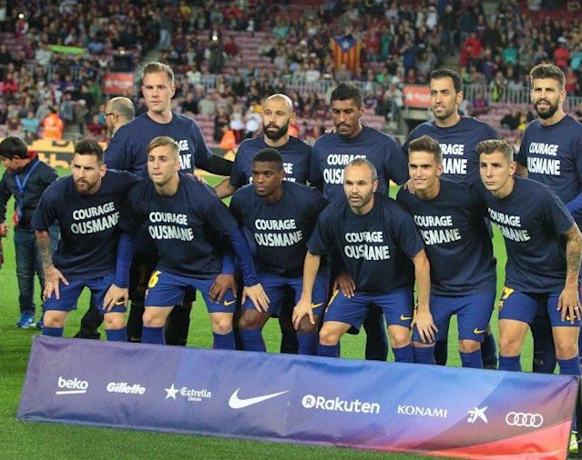 <p>The Catalans put out a sign of solidarity for new signing Ousmane Dembele, who will miss three months with a hamstring injury. Three months. Next. </p>