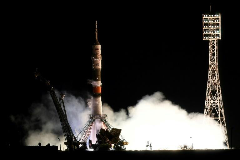 The Russian Soyuz spacecraft carrying two US astronauts and a Russia cosmonaut launched from the Baikonur cosmodrome as scheduled early Wednesday