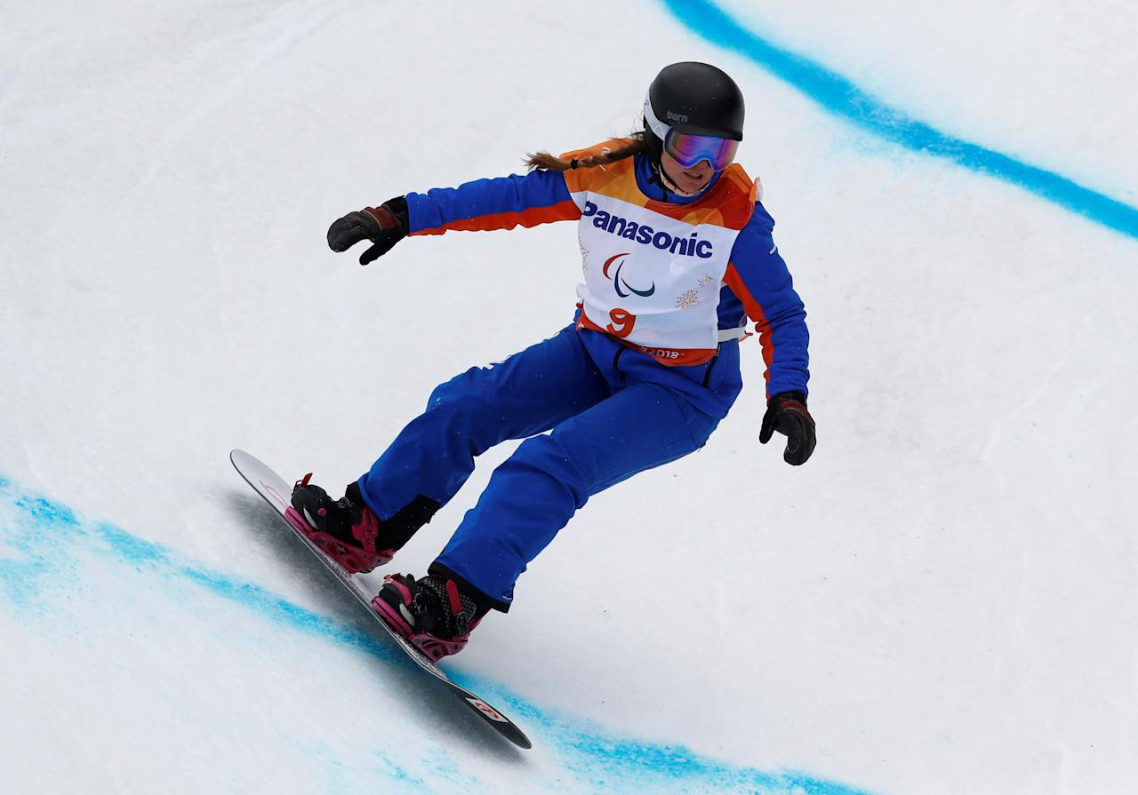 Snowboard - Pyeongchang 2018 Winter Paralympics - Women's Banked Slalom SB-LL2 - Run 1 - Jeongseon Alpine Centre - Jeongseon, South Korea - March 16, 2018 - Astrid Fina Paredes of Spain.   REUTERS/Paul Hanna