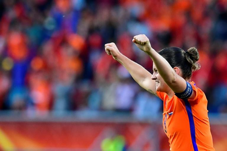 Netherlands' midfielder Sherida Spitse reacts after scoring against Belgium on July 24, 2017