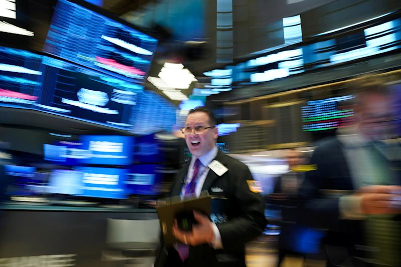 FILE PHOTO: A trader works on the New York Stock Exchange (NYSE) in New York, the United States, on January 28, 2020. REUTERS / Bryan R Smith / File Photo