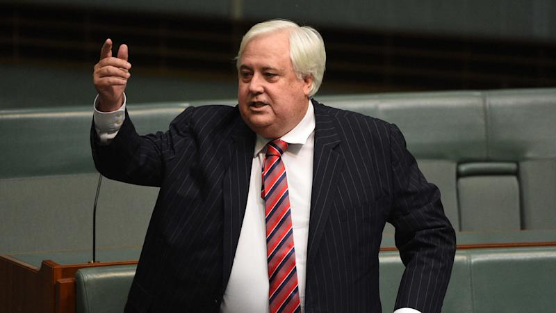 Palmer slams Qld govt over ailing refinery