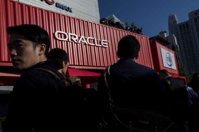 Oracle Trims Staff During Difficult Transition to Cloud Services