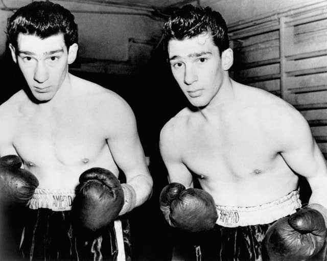 Former amateur boxers, twins Ronnie and Reggie Kray