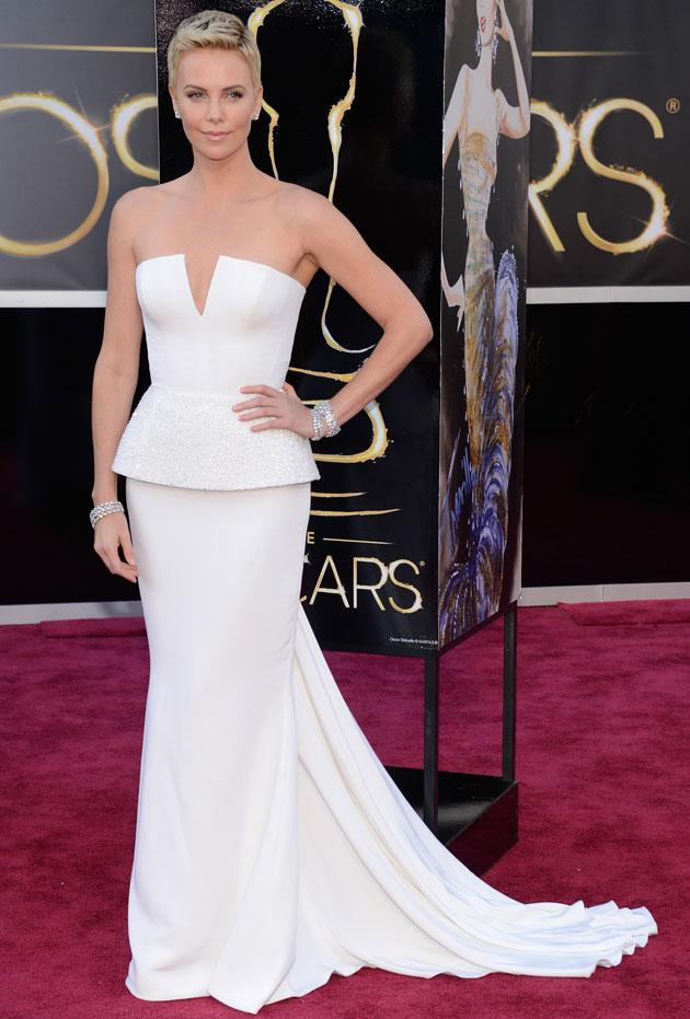 Oscars 2013: Charlize Theron red carpet dress