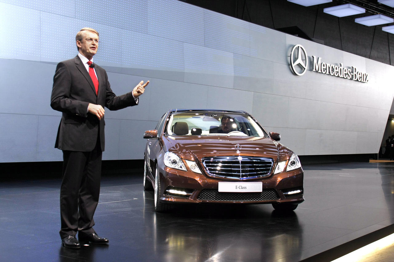 DETROIT, MI - JANUARY 9: Prof. Thomas Weber, Member of the Board of Management Daimler AG, introduces the new E class Mercedes-Benz E300 Hybrid during a media preview at the 2012 North American International Auto Show January 9, 2012 in Detroit, Michigan. The show is open to the general public January 14-22. (Photo by Bill Pugliano/Getty Images)