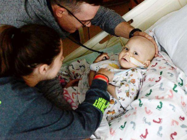 PHOTO: Shelby and Jonathan Skiles care for their 2-year-old daughter Sophie at Children's Medical Center Dallas. (Shelby Skiles)