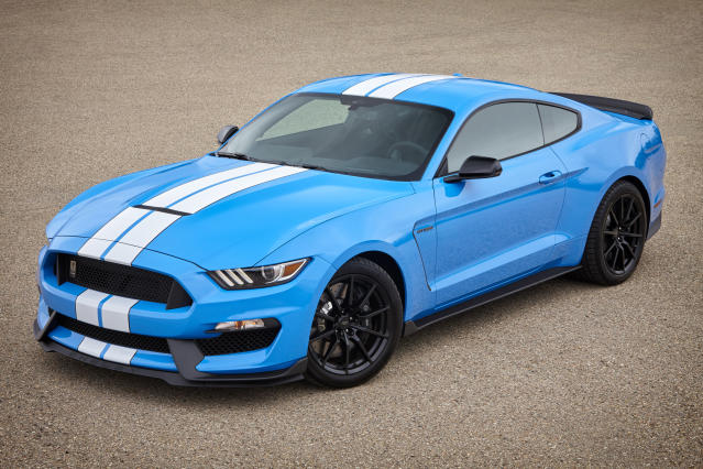 2017 Ford Shelby GT350 in Grabber Blue (Credit: Ford)