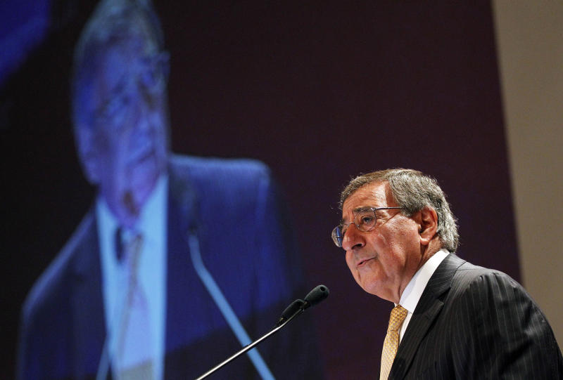"U.S. Defense Secretary Leon Panetta delivers his speech on the ""US Rebalance Towards The Asia Pacific"" at the IISS Shangri-la Security Summit on Saturday June 2, 2012 in Singapore.(AP Photo/Wong Maye-E)"