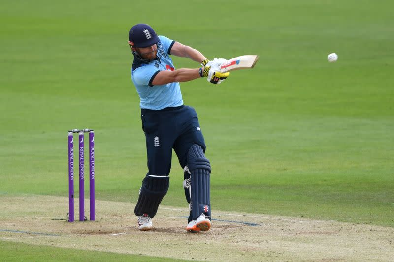 Bairstow bashes the bowling as England win by four wickets