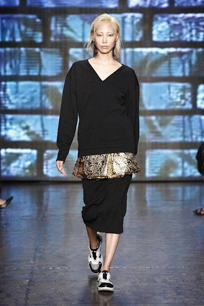 At the DKNY SS15 runway show, Donna Karan offered a lesson in layering.