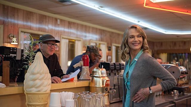 <p>Lynch with Peggy Lipton (Norma).<br>(Photo: Showtime/Paramount/CBS Home Entertainment) </p>